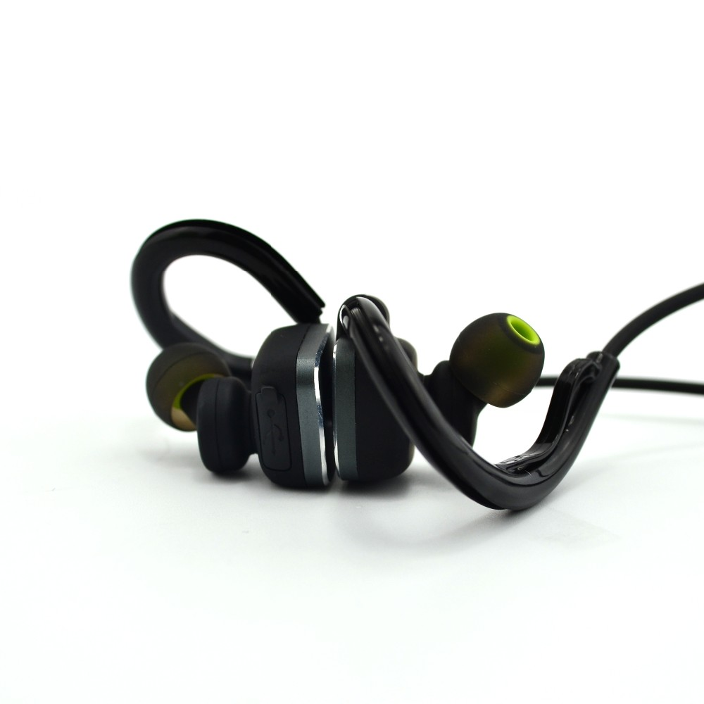 sport earphone with microphone